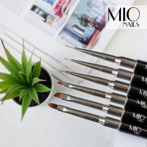 Кисти Mio Nails